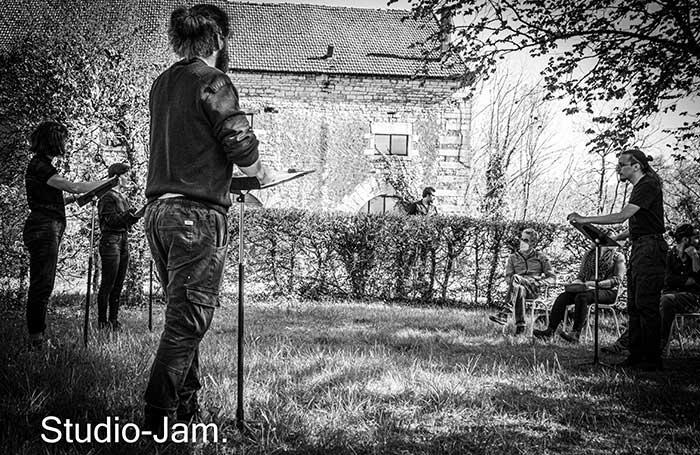 studio_JAM_093